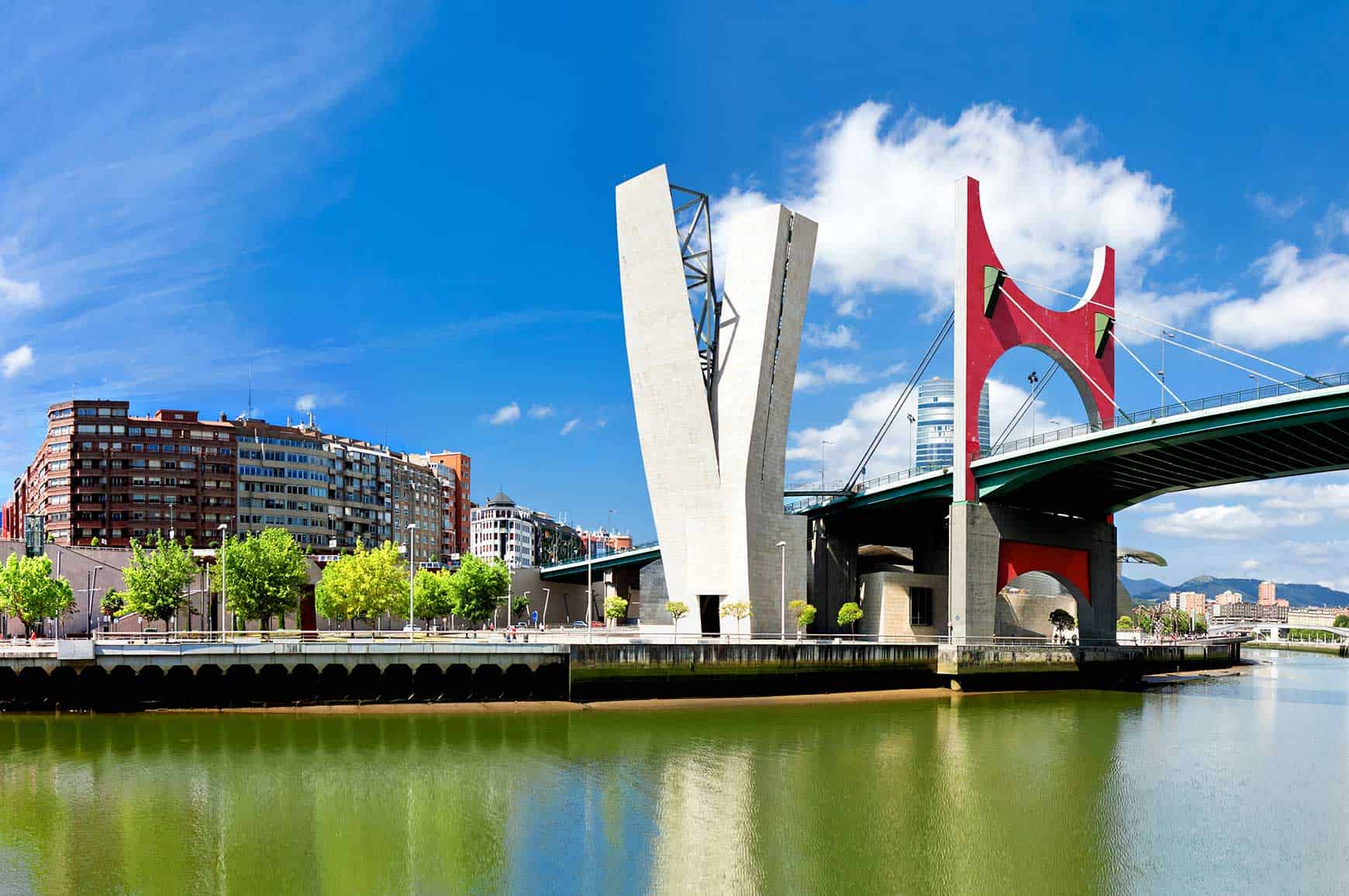 web_bilbao-ria_online_masterclass_ie_school_architecture_design_business