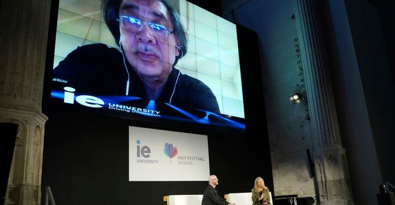 Architect Shigeru Ban speaks with Dean Martha Thorne and Associate Dean David Goodman from IE School of Architecture and Design at IE University during the 2021 Hay Festival