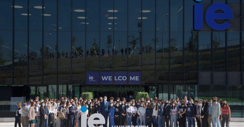 The King of Spain presides over inauguration of IE Tower | IE University